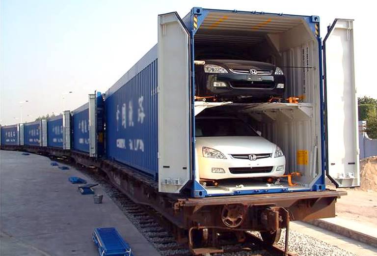 ЖД перевозка автомобиля Владивосток